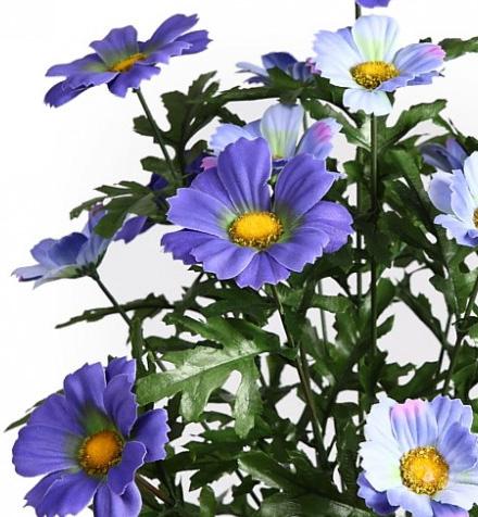 Flores artificiales violetas